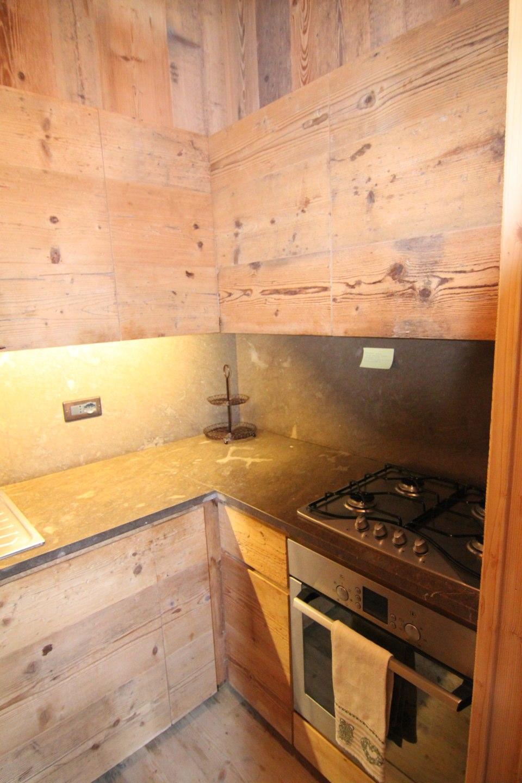cucina lineare dettaglio angolo_falegnameria Bariza
