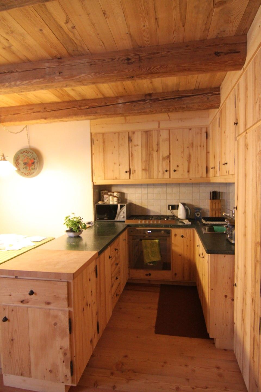 cucina all'americana in legno_falegnameria Bariza