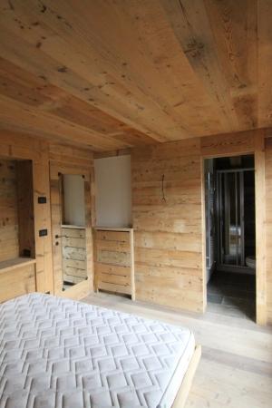 camera matrimoniale tutta legno_Falegnameria Bariza