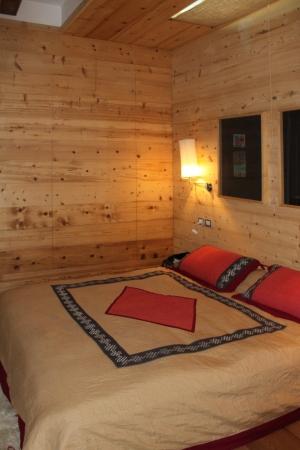 camera doppia chalet di montagna_Falegnameria Bariza