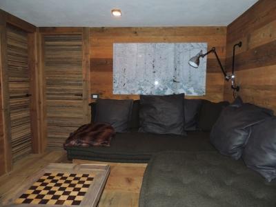 salotto di chalet di montagna_falegnameria Bariza