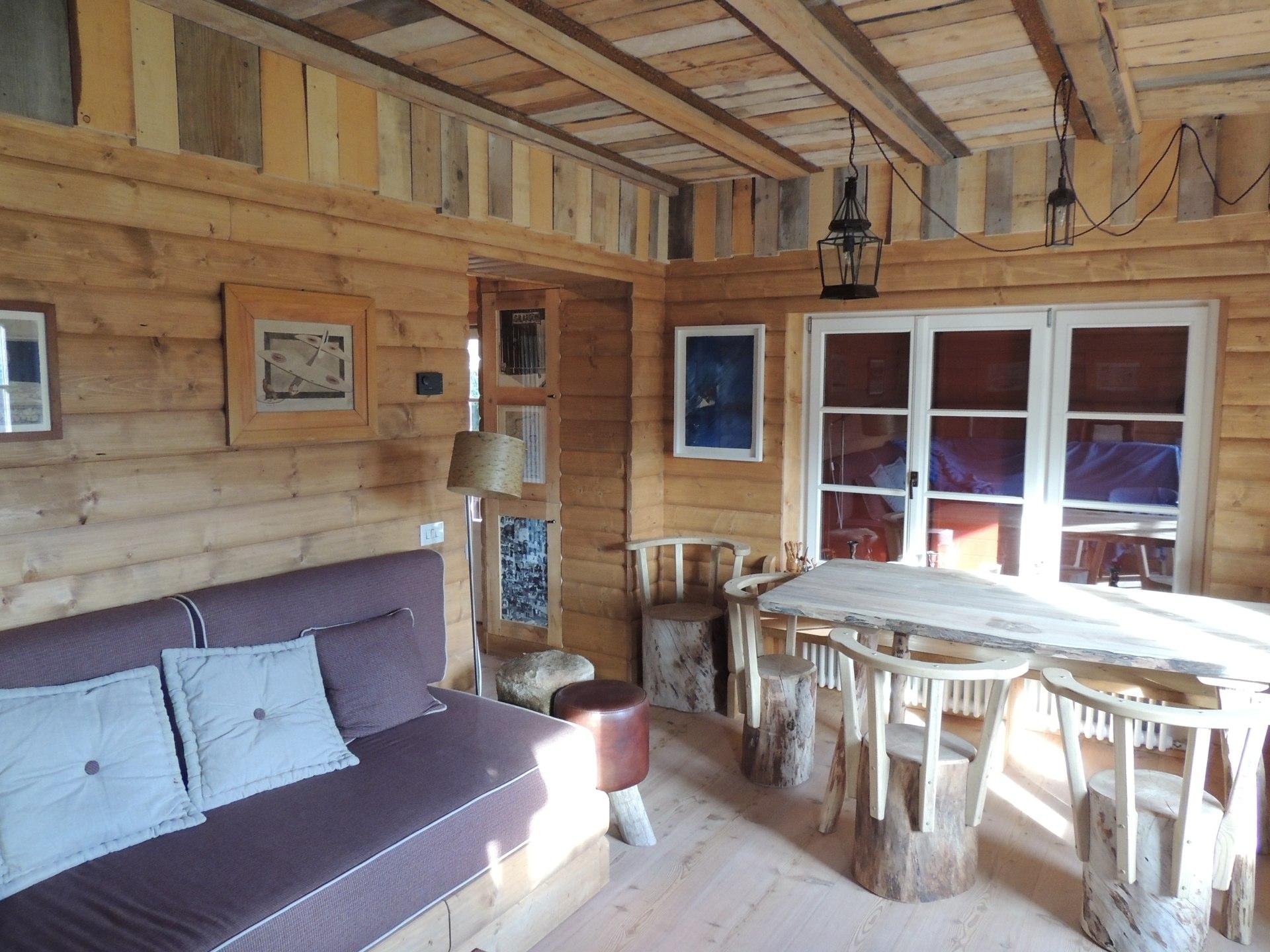 soggiorno in legno con tavole antiche_Falegnameria Bariza
